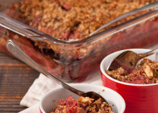 Rhubarb Strawberry Crumble w/ Almond Crumble Topping