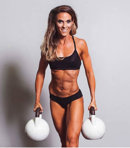 fitness model vosky bodies competition team zoe-claire yaworsky champion